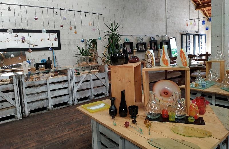Atelier Boutique_verre_soufflé_Guitte_Duroch _le_Bugue©DurochSylvie