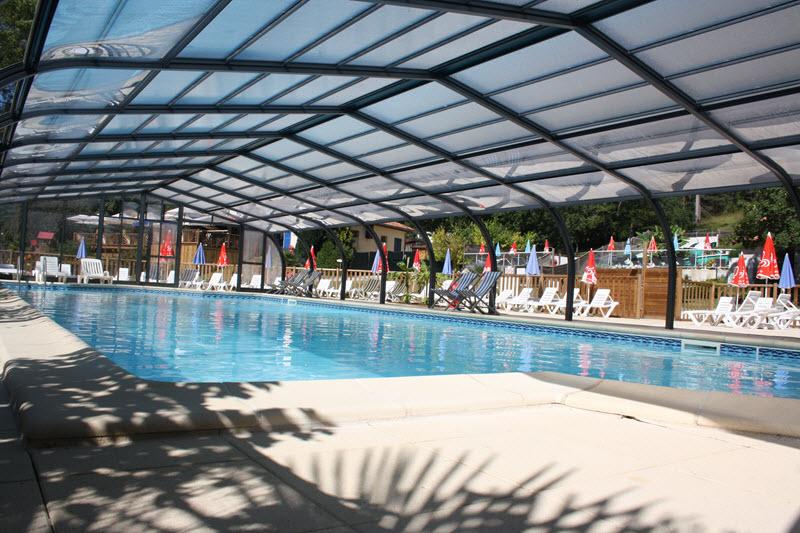 Camping de la p lonie lascaux dordogne vos vacances en for Camping dordogne piscine couverte