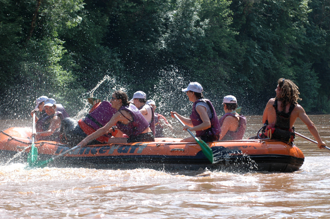 rafting in Vezere valley