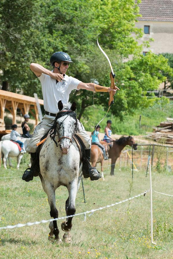 cheval en vallée Vézère
