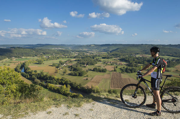 Mountain bike in Vezere valley