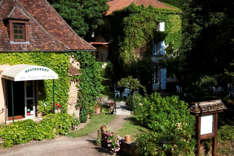 H tel le moulin de la beune lascaux dordogne your holidays in perigord noir - Moulin de la borderie ...