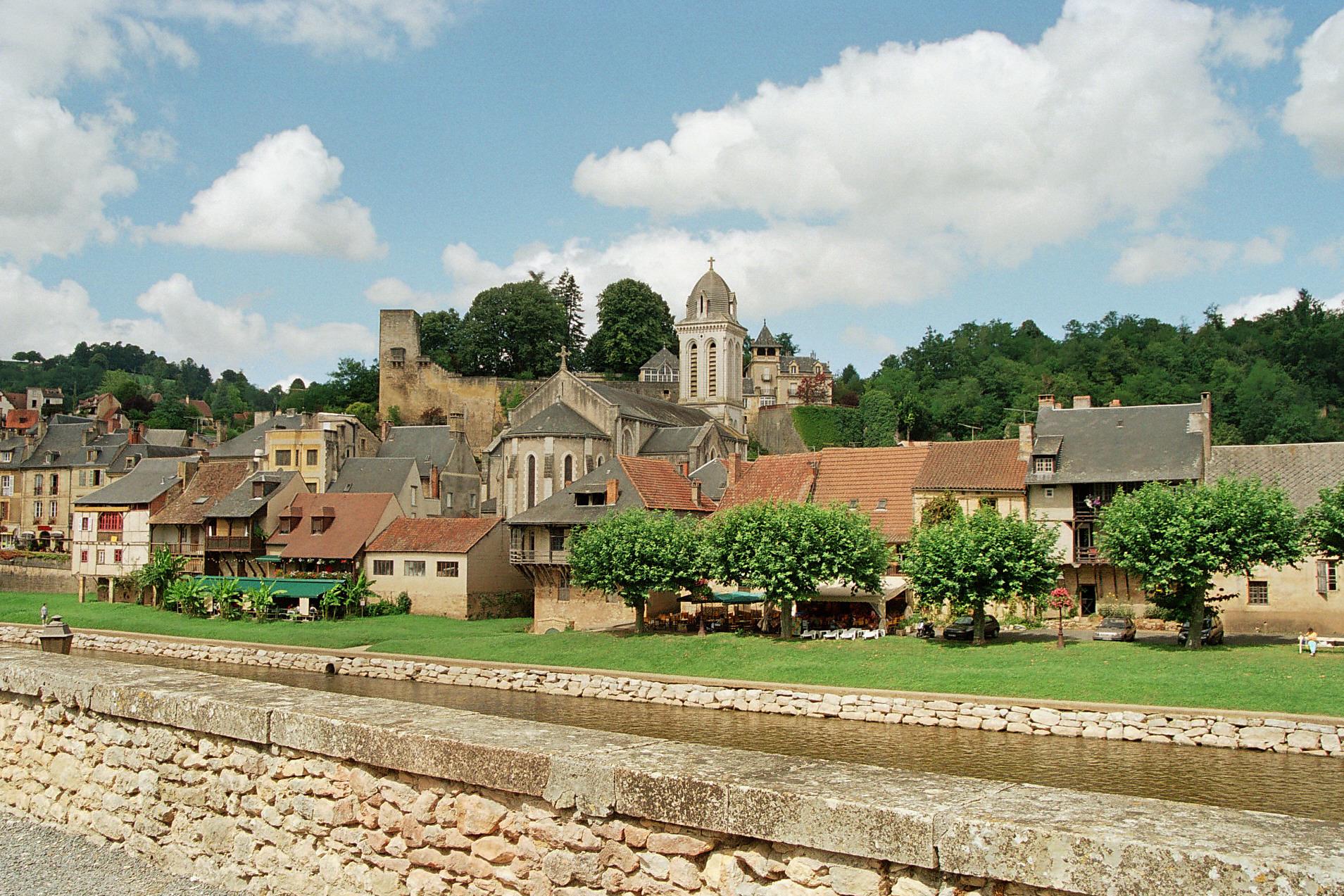 Montignac Lascaux Lascaux Dordogne Your Holidays In Perigord Noir