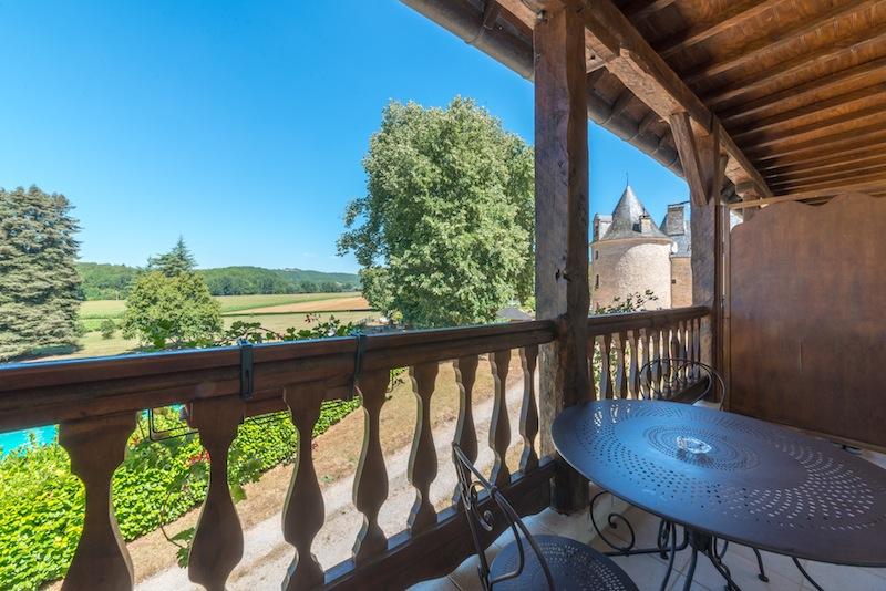 Chateau_fleunie_Vallee_Vezere©Plasset
