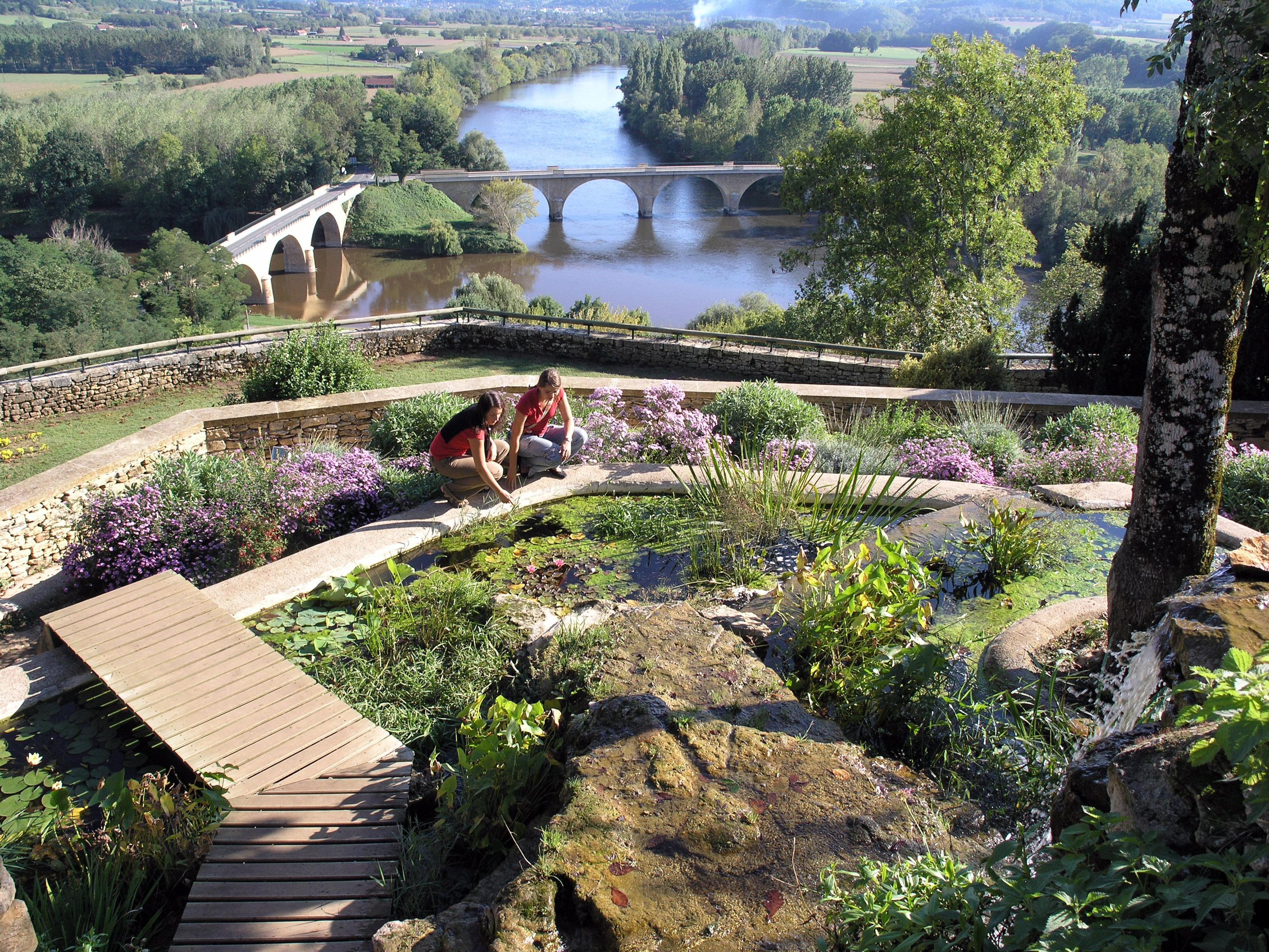 Vue panoramique Jardin de Limeuil ©Association au fil du temps