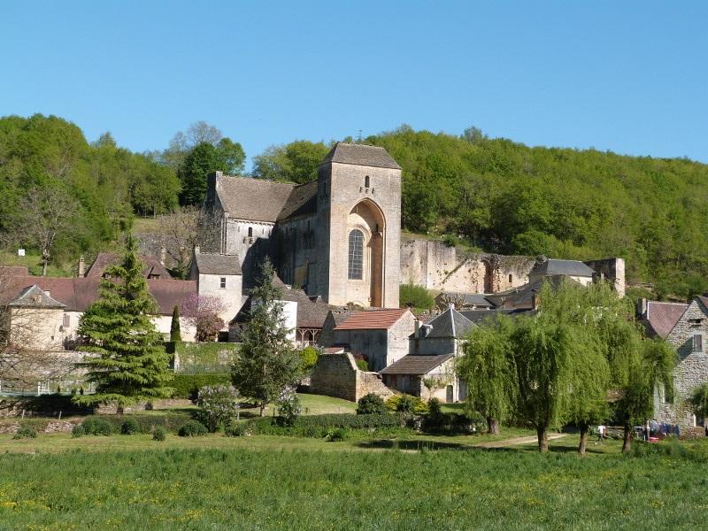 Saint Amand de Coly ©Myriam G.