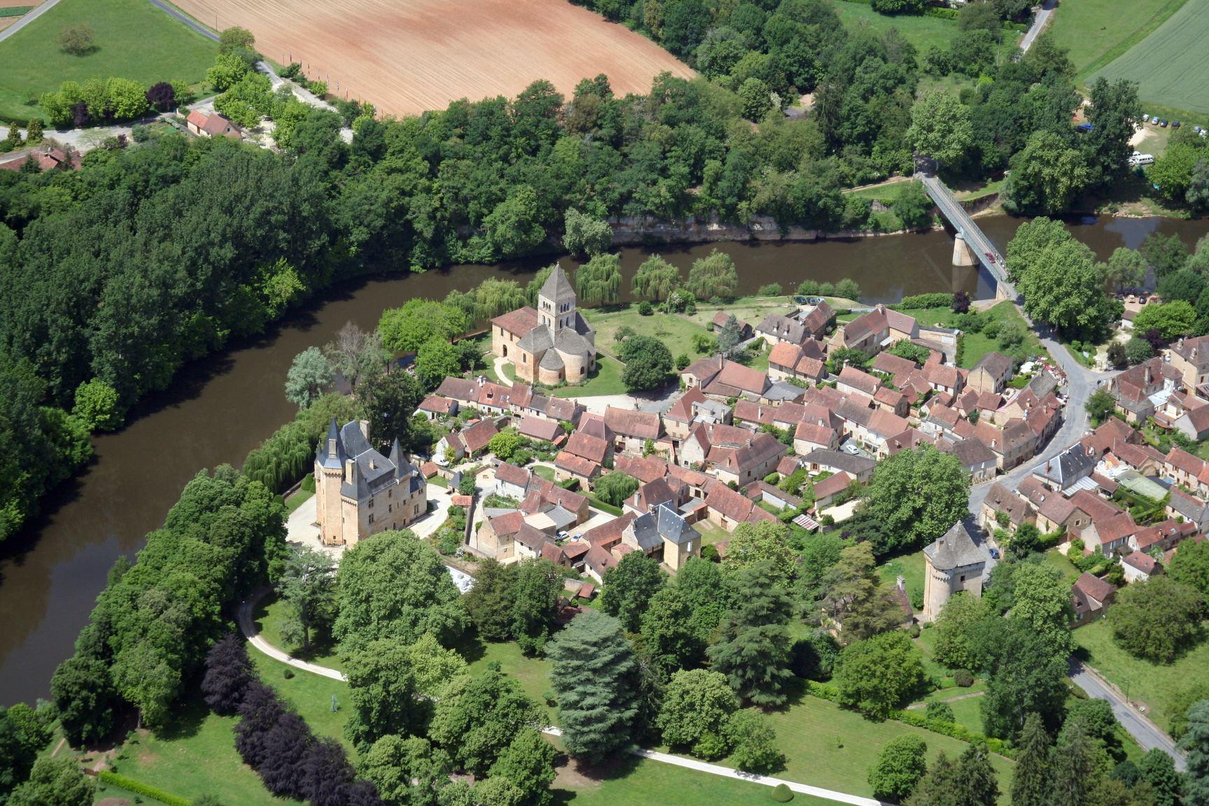 Village de Saint Léon sur Vézère ©OTLDVV
