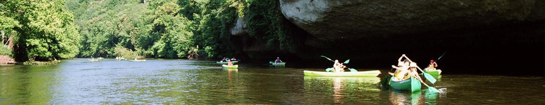 Canoe on the river Vézère