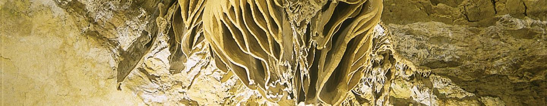 Gouffre de Proumeyssac - natural cave ©Frances