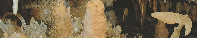 la Victoire de Samothrace dans la Grotte du Grand Roc