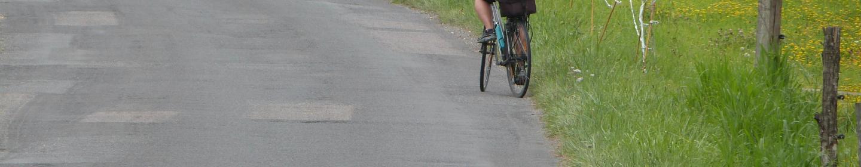 Promenade vélo route du Bugue ©Myriam.G