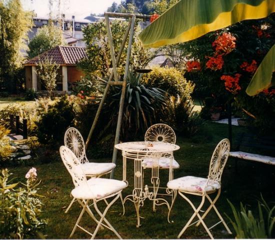 Madame b atrice verdier lascaux dordogne vos vacances for Salon de jardin en anglais