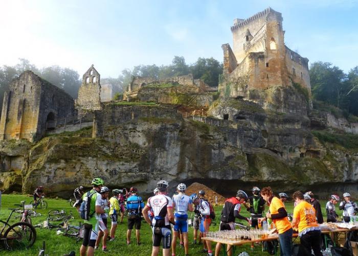 Château de Commarque à Sireuil