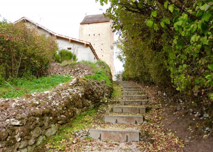 Chemin , Savignac de Miremont