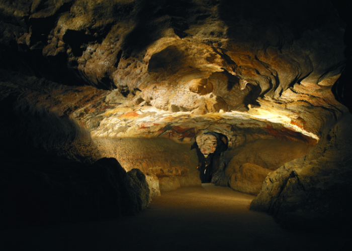 Visiting Lascaux II for christmas