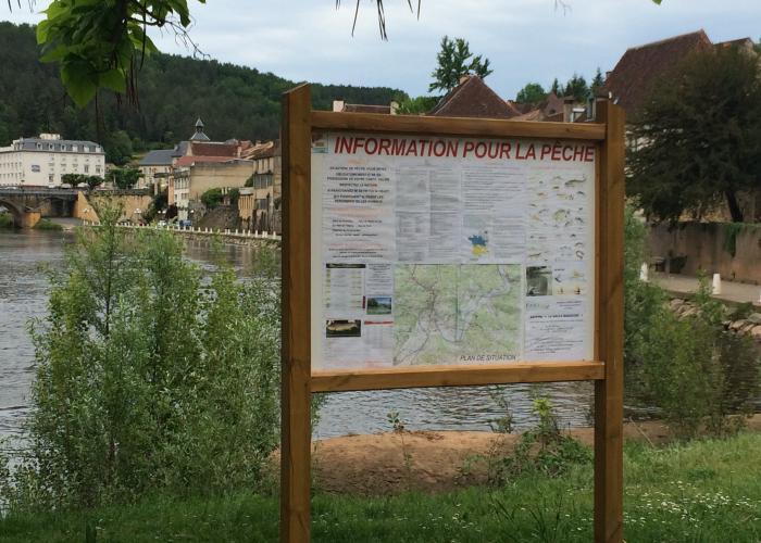 Information pêche Le Bugue ©A.Borderie