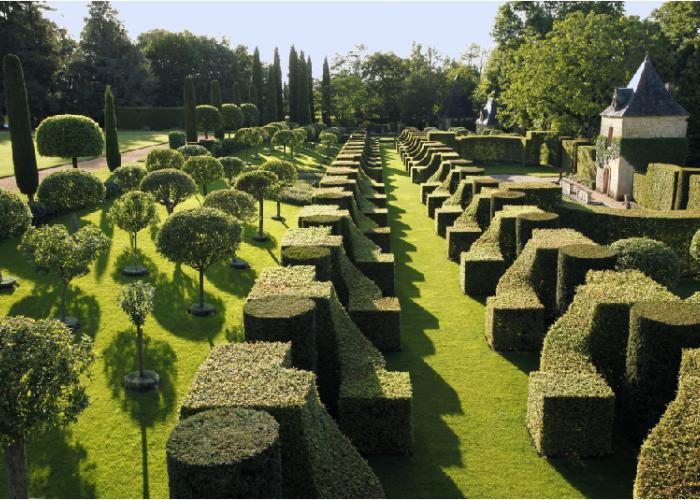 Gardens of Eyrignac ©Sermadiras