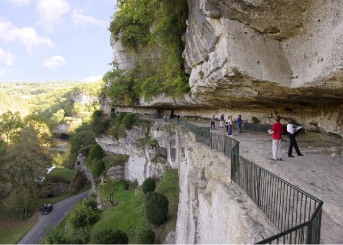La Roque Saint Christophe  en vallée Vézère NF environnement