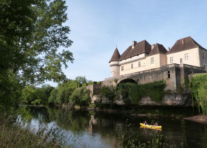 La valle de la Vezere - Château de Losse ©Myriam G.