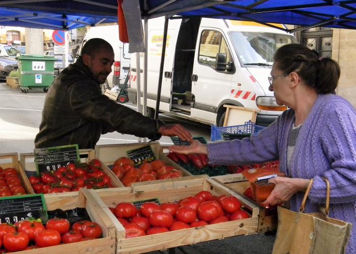 Market of Lascaux-Dordogne