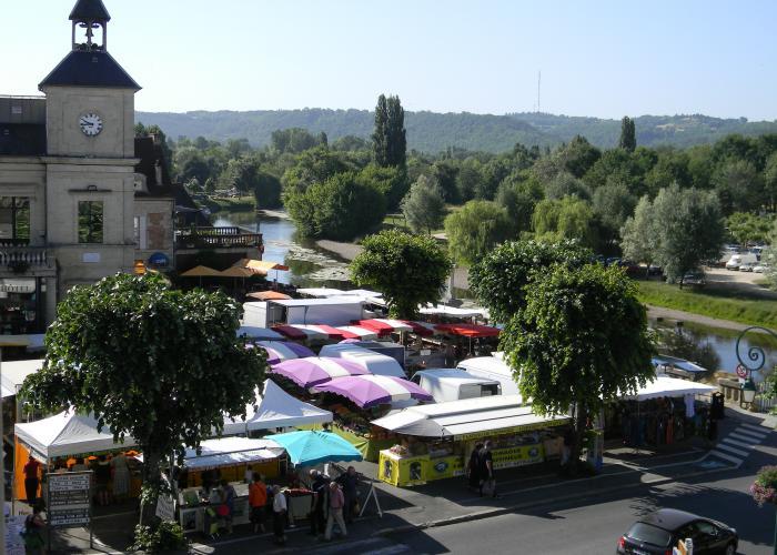 Market of Lascaux-Dordogne - Le Bugue