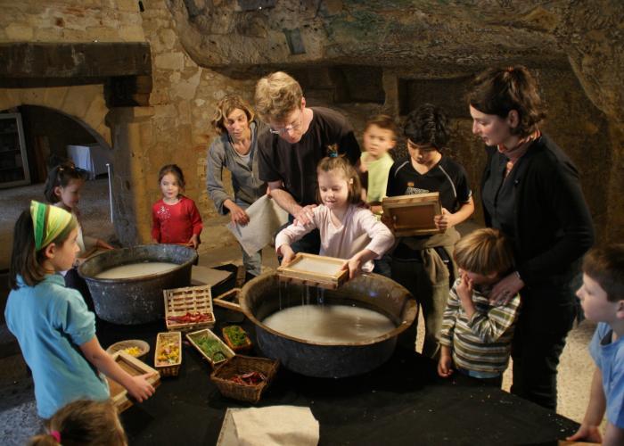 En familia a Lascaux-Dordogne