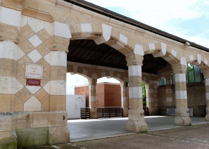 La halle de Rouffignac