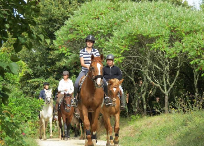 Equitation en vallée Vézère ©Jaques.K