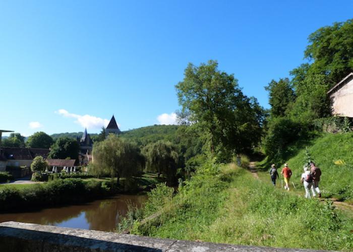 Randonnée Saint Léon sur Vézère