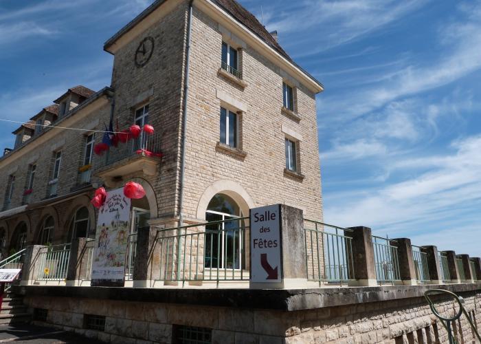 Mairie de Rouffignac ©Myriam.G