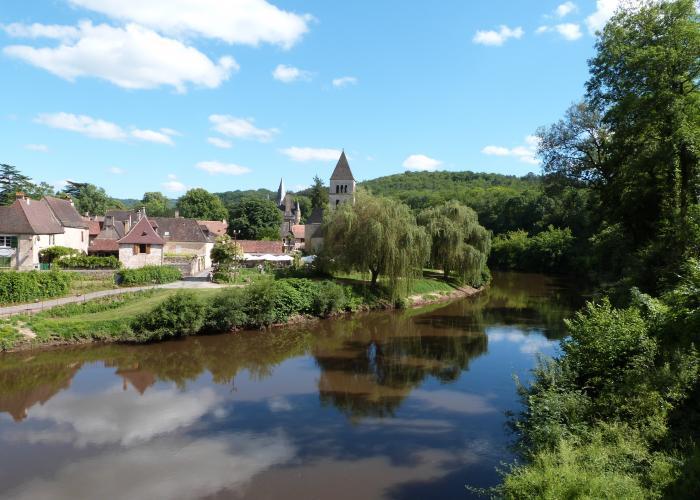 Village de Saint Léon sur Vézère ©Myriam G.