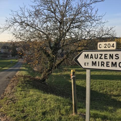 Village de Mauzens-et-Miremont