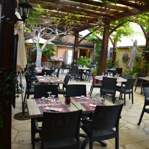 Le Restaurant De La Poste A St Leon Sur Vezere