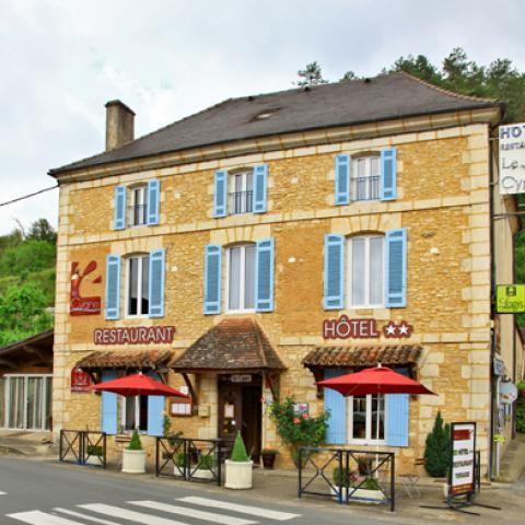 Hôtel Restaurant Le Cygne - Le Bugue