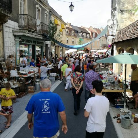 flea market- Le Bugue©ALR
