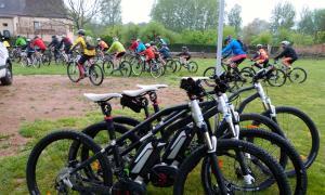 Bicicleta de montaña de Lascaux-Dordogne
